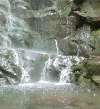 つるべ落としの滝ー15.JPG